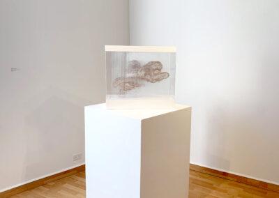 Xiaojing Yan, Spirit Cloud (Pink Mini), 2019, freshwater pearl, filament, aluminum, ed. 1/4, 20 x 22.5 x 10.6 inches (Installation View)